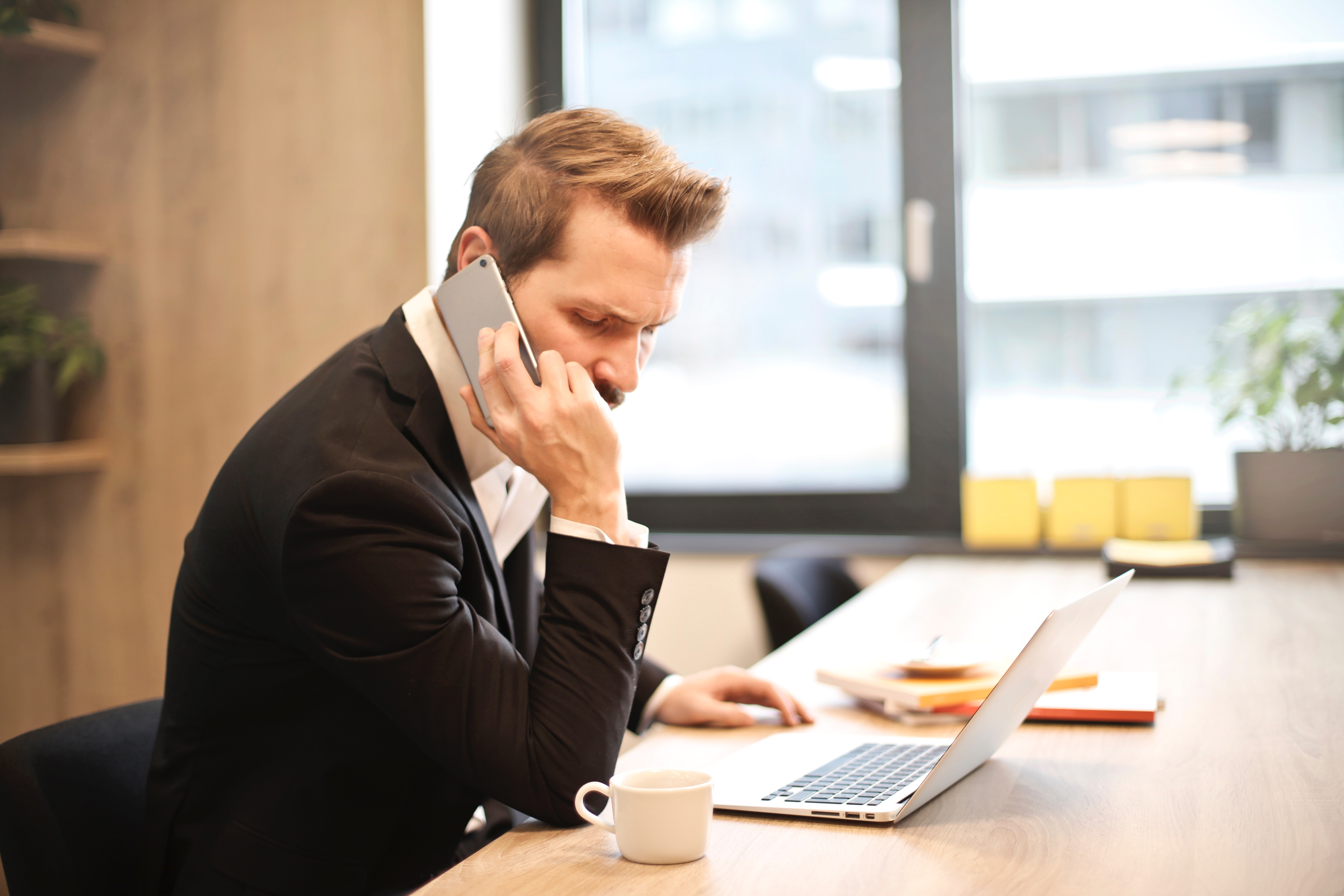 You can outsource your phone calls to help your small business
